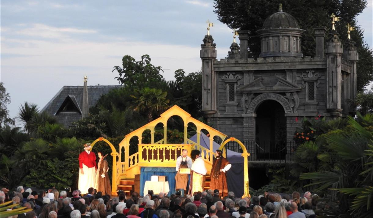 Shakespeare in the Collector Earl's Garden: Much Ado About Nothing