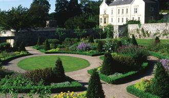 Aberglasney Mansion & Gardens