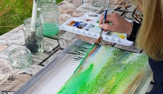 Watercolour Painting with Sarah Watson at Hanwell Wine Estate