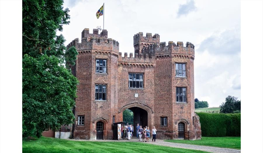 Lullingstone Castle & The World Garden