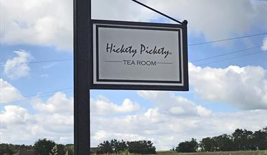 Hickety Pickety Signpost